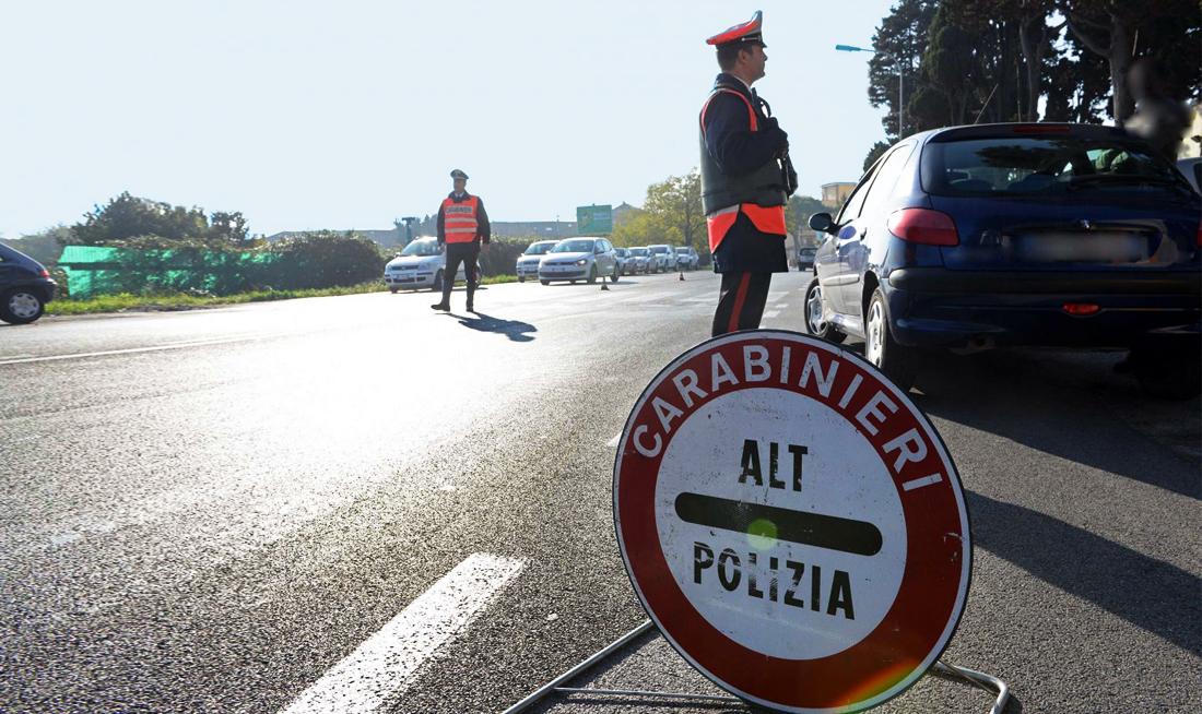 """Non cala l'attenzione dei Carabinieri COCAINA NELLA SCATOLA CON LE SCARPE FERMATO SPACCIATORE IN TRASFERTA Prosegue l'operazione """"Strade pulite"""""""
